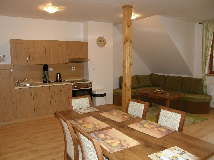 appartement Tsjechie wintersport Reuzengebergte: RZA-480 2-KAM. APP. (nr. 10)